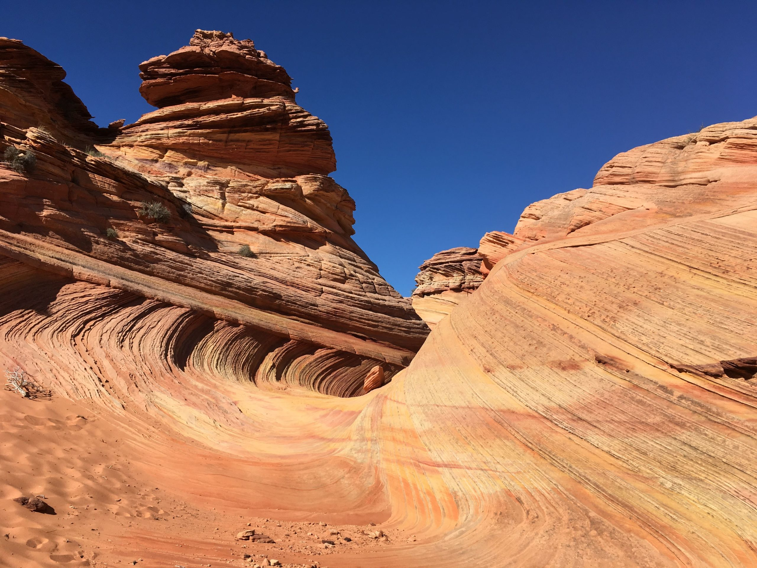 Mini Wave at South Coyote Buttes